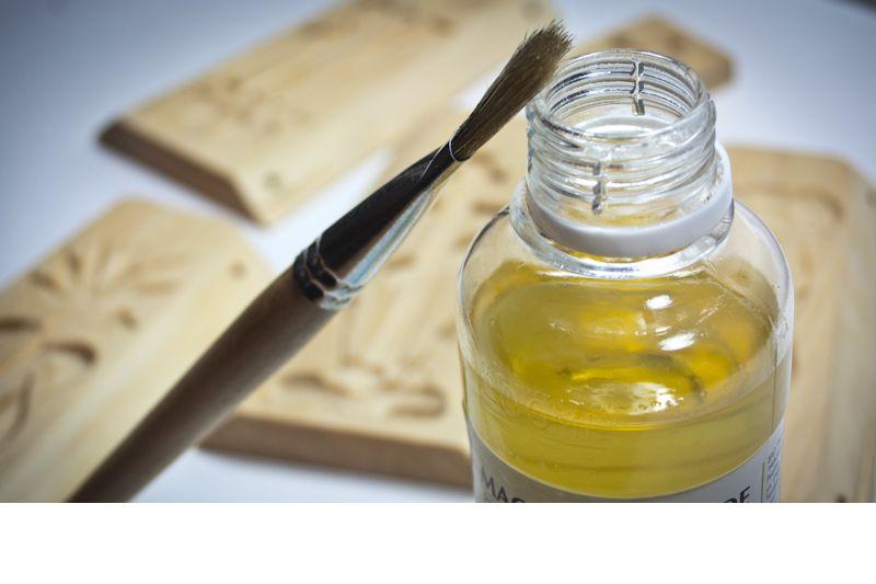 обработка древесины пчелиным воском