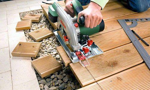 распиливание деревянных заготовок