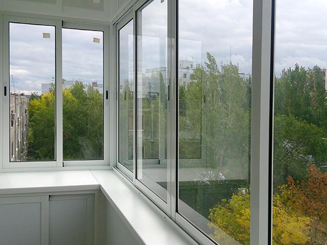 Остекление балконов ПВХ профилем